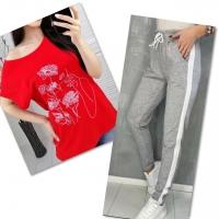 Костюм красная футболка SIZE Plus женский образ и цветы с брюками серыми IN