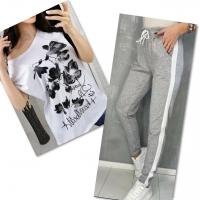 Костюм белая футболка SIZE Plus FLOWERS с брюками серыми IN
