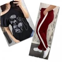 Костюм черная футболка SIZE Plus женский образ и цветы с брюками бордо IN