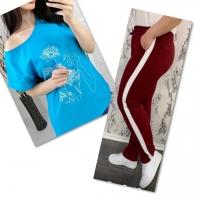 Костюм голубая футболка SIZE Plus женский образ и цветы с брюками бордо IN