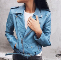 Куртка экокожа с кармашком и ремнем голубая ZI DT124