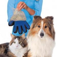 Перчатка для вычесывания домашних животных True Touch