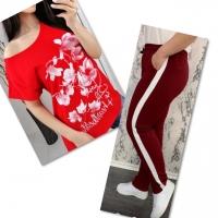 Костюм красная футболка SIZE Plus женский образ и цветы с брюками бордо 01IN