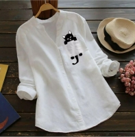 Рубашка котик в кармане белая AZ116