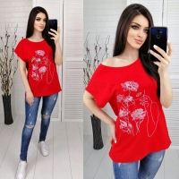Футболка SIZE PLUS женский образ и цветы красная IN