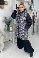 Куртка SIZE PLUS геометрия с черными рукавами KSU
